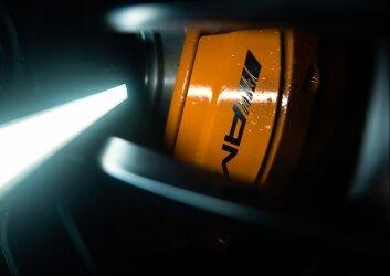 קליפר צבוע בצהוב